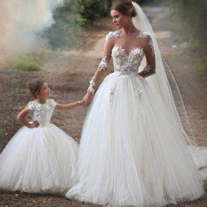robe mariée à petites manches